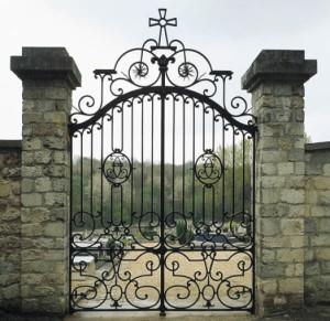 Porta de cemitério
