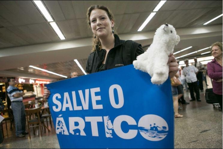A infantaria da Greenpeace Crédito: Daniel Teixeira, Estadão