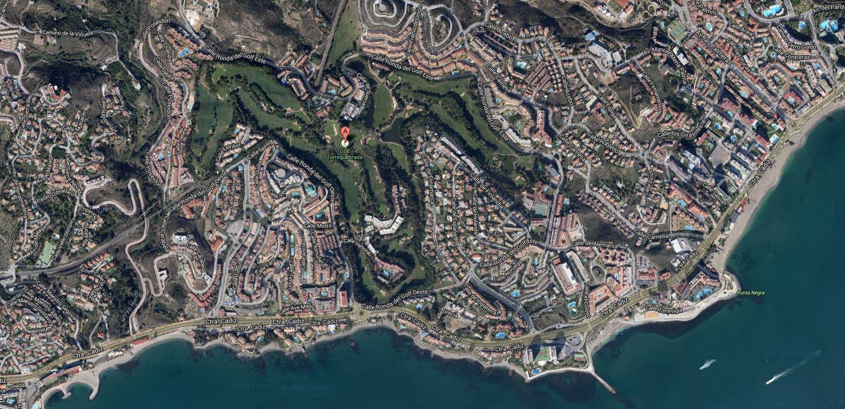 Campo de golfe de Torrequebrada, Costa del Sol Altíssimo padrão com vista para o Mediterrâneo Imagem google Clique para ler reportagem
