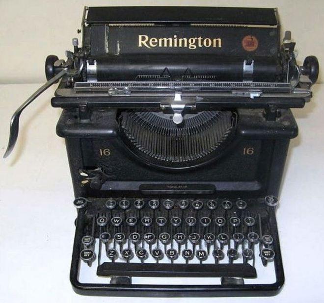 Máquina de escrever 1