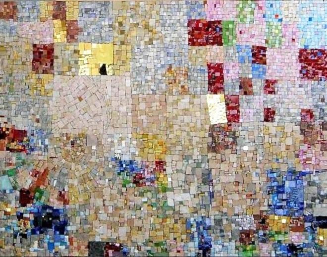 by Jerôme Clochard, artista francês Mosaico de esmalte, mármore e ouro