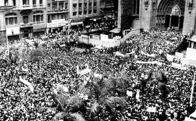 Marcha da Família com Deus pela Liberdade São Paulo, 19 março 1964