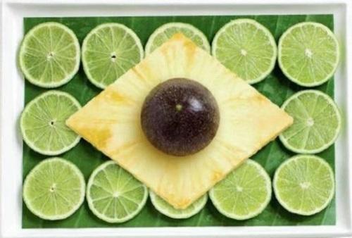 Brasil: folha de bananeira, limão galego, abacaxi e maracujá
