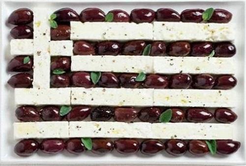 Grécia: azeitonas de Calamata e queijo feta