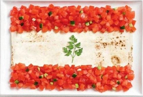 Líbano: pão libanês, fatush e cheiro verde