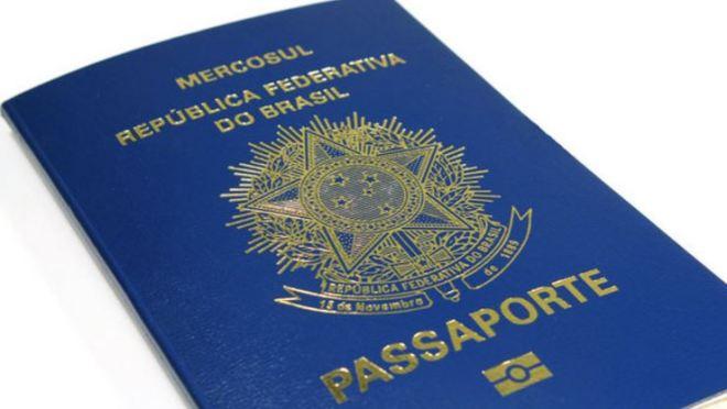 Passaporte brasileiro - modelo antigo