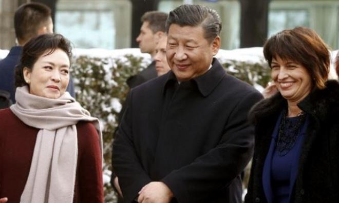 Presidente da China: Xi Jingping & esposa Presidente da Suíça: Doris Leuthard